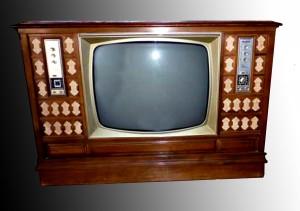 TV radio y tocadiscos